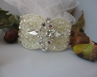 Bridal Cuff Bracelet , Wedding Cuff Bracelet, Soft Ivory Appliquéd Bracelet, Rhinestone Embellished Wide Cuff Bracelet