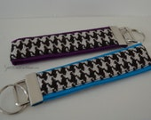 Ships Now - Houndstooth KEY FOB/Key Chain