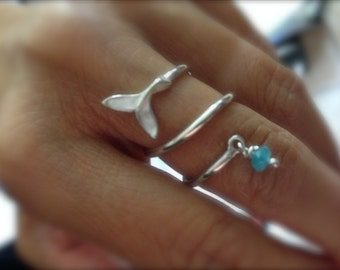 Whale tale ring with tiny faceted aqua jade