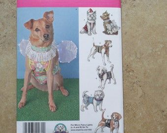 Simplicity 1482 Dog Clothes in 3 sizes