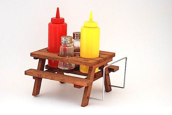 Wooden Salt And Pepper Picnic Table Caddy With By