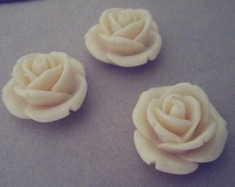 10pcs beige Resin Flowers 26mm