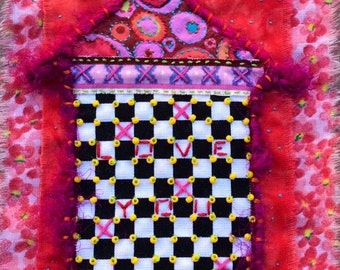 "Mini Art quilt  ""Canyon Love Shack"""