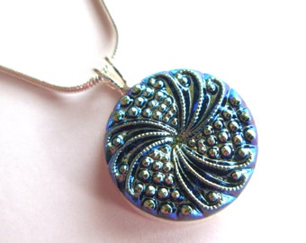 Vintage button pendant, glass button in silver pendant, choice of chain size