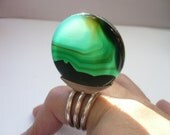 bizarre striking ring...