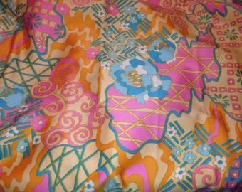 Retro Klopman Mills Psychedelic Fabric 1972 F7