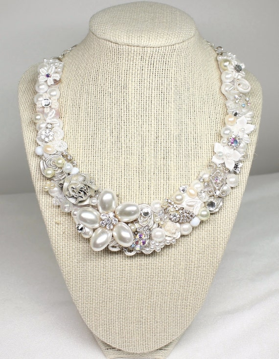 Bridal Statement Necklace- Bridal Bib Necklace- Pearl Flower necklace- Pearl Bridal Bib- Wedding Necklace-Pearl Flower Bib-Ivory Bridal Bib