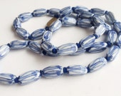 Blue & White Glass Vintage Chinese Necklace, hand knotted Bead Vintage Necklace