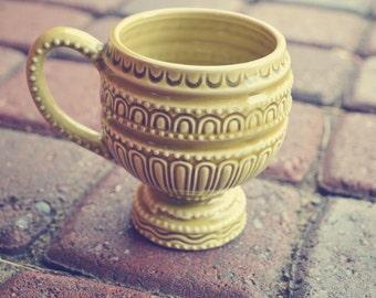 Vintage Designed Cup