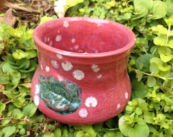 Cranberry speckled pencil cup with green leaf, pencil cup, trinket cup, small vase