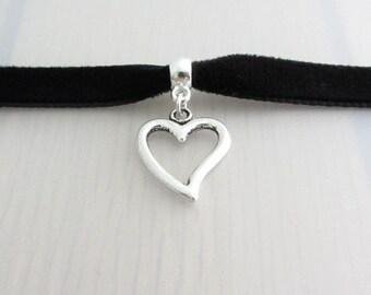Custom Color Silver Heart Charm Velvet Ribbon Choker Necklace, 9mm Velvet Choker, Heart Pendant Valentine Gift, Heart Charm Necklace