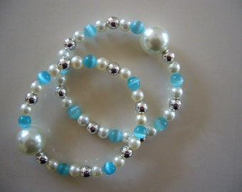"""Queasy Beads™ Motion Sickness Bracelets in """"Delicate Turquoise"""""""