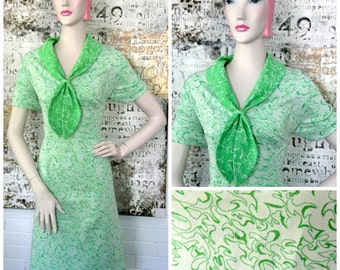 Vintage 1960s Green House Dress with Atomic Swirl Print and Sailor Collar XL XXL Plus Size