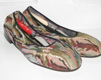 60's GUSTAVE TAPESTRY SHOES // Ballet Flats Size 7 7.5 Slip On Wearable Art Artistic New Old Stock Deadstock