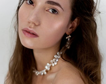 Perfect bridal pearl necklace, beautiful white coin pearl choker necklace, freshwater pearls snow white drops gold 14 K statement necklace