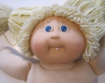 Cabbage Patch Kids Doll Girl Tooth 1985 Head Mold #8 Coleco OK Blue Eyes Blond Hair Naked E459Bs