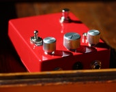 FOXX Tone Machine Fuzz/Octaver-Made To Order-Vintage / Classic Guitar / Keyboard / Instrument Effects FX Pedal Stomp Box- Hand Built Replica