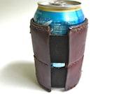 Self adjusting leather beverage cozy, beer cozy