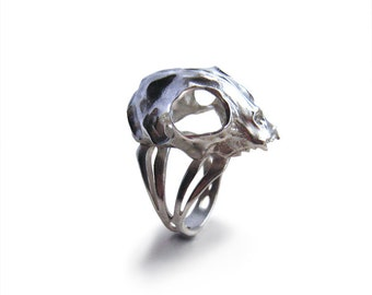 Cat Skull Ring in silver - A silver cat skull ring to adorn your hands