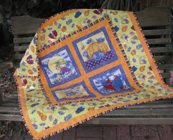 Baby Quilt - Wall Hanging - Table Topper - Happy Halloween 2