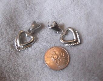 Vtg Clip On Earrings-Silvertoned Hearts-C1832
