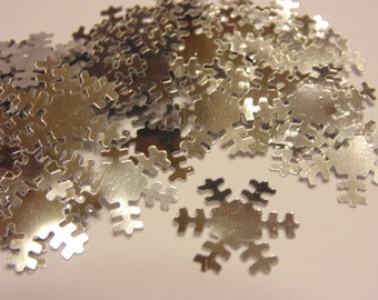 20 silver snowflake confetti / sequins , 19 mm (4)