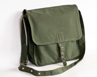 Vintage Military Bag 1970's Green Canvas Messenger Bag, Sac en Toile Militaire, Militär Segeltuchtasche, Crossbody Bag, Military Surplus