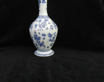 Vase: Hand decorated porcelain vase