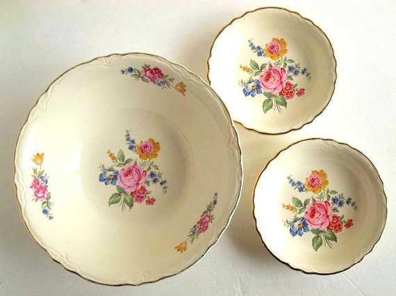 Vintage Scio Pottery Three Bowls Set Hazel Pattern 1940s