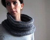 Knit Chunky Cowl in Grey, Hooded Scarf, Chunky Neckwarmer, Chunky cowl in Grey