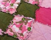 JOHN DEERE Pink CAMO Rag Quilt