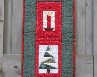 Christmas Door Decoration, Wall Hanging in Red and Green