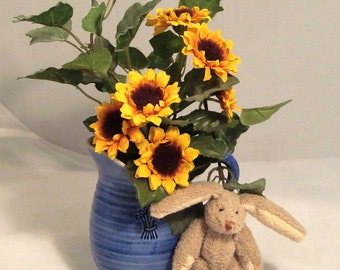 1998 ENESCO Country Pitcher  with Black-eyed Susans, Ivy Sprigs, & Bunny Friend