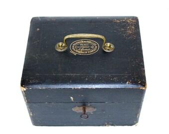 French Pharmaceutical Lockbox
