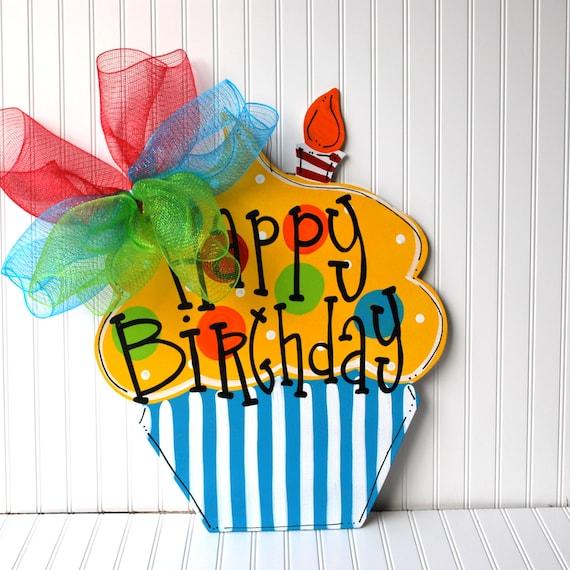 Letrero de feliz cumpleaños cumpleaños por LooLeighsCharm en Etsy