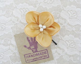 Gold Flower Hair Pin. Gold Flower Hair Piece. Bridesmaid Hair Accessory.