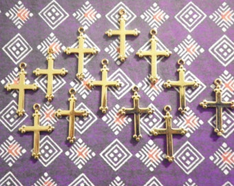 12 Goldplated English Style Crosses