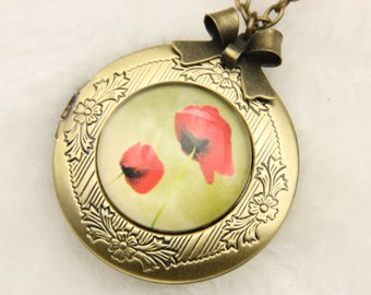 Necklace locket photo poppies(2020m)