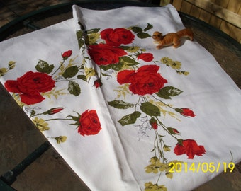 "Vintage 44"" x 49"" Square Cotton/Fabric Table Cloth-White-Red/Yellow/Green Roses Design"