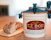 EZ Doh Manual Bread Dough Kneader - Making Home-made Bread Easy