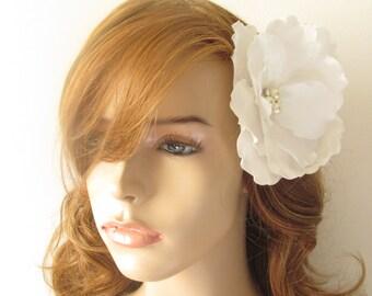 White Bridal Hair Flower / Feather Headpiece /  The Lillian Hair Flower