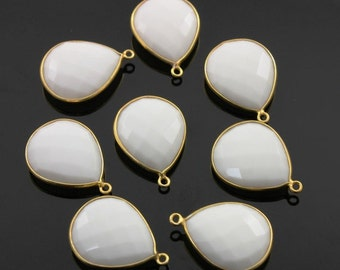 SALE Natural White Onyx, Bezel Pear Shape Component, 24K Gold Vermeil Over Sterling Silver,  21x25mm 1 Piece, (BZC3062)