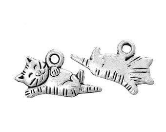 10 pieces Antique Silver Napping Cat Charms