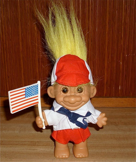 Free Shipping Patriotic Russ Troll Doll With Flag By