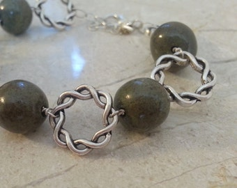 Memorial Bead Bracelet - Custom Keepsake Stoneware Pottery Pet Cremains Jewelry - LOVE ME KNOT Beaded Bracelet