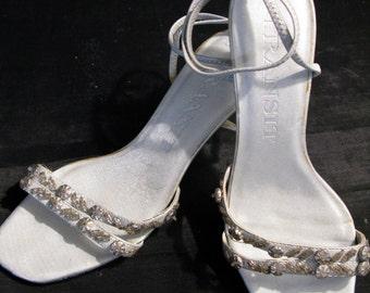 Silver Kitten Heels Rhinestone Size 6 1/2 Vintage Slingback Strap Sandals