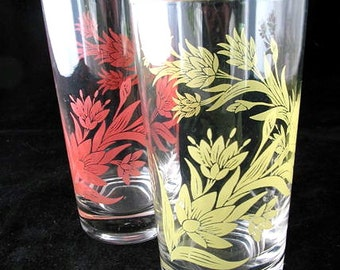 2 Glass Tumblers with Orange and Yellow Flowers Vintage 1960s Drinking Glasses