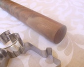 Walnut rolling pin, highly figured grain, gorgeous piece