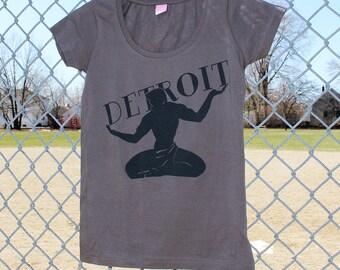 Women's Grey Scoop Neck Spirit of Detroit T-shirt