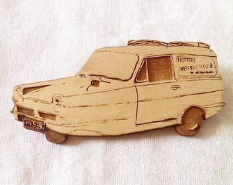 Limited Edition - Only Fools and Horses - Trotters Independent Traders - Reliant Robin - Fridge Magnet